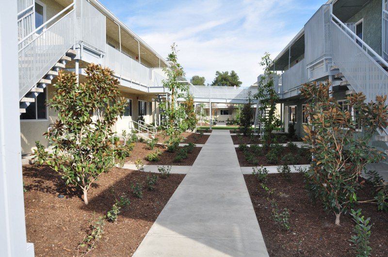 The Magnolia 9th Senior Apartments Exterior View4