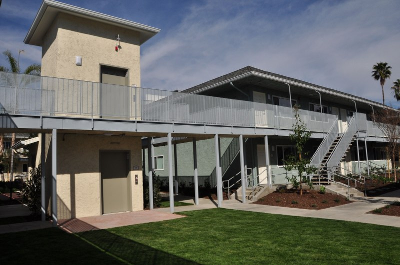 The Magnolia 9th Senior Apartments Exterior View5