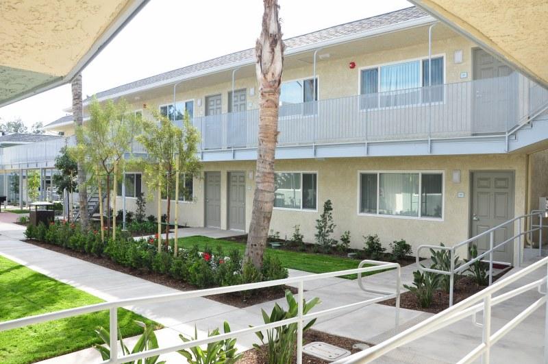 The Magnolia 9th Senior Apartments Exterior View2